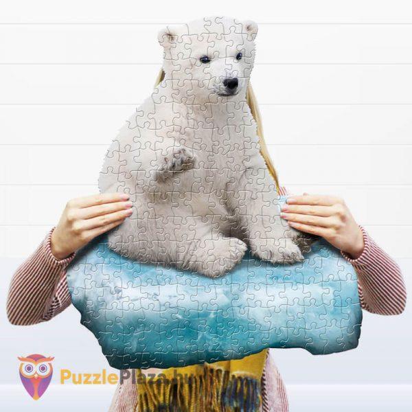 100 darabos jegesmedve formájú puzzle, wow toys - kirakott kép a kézben