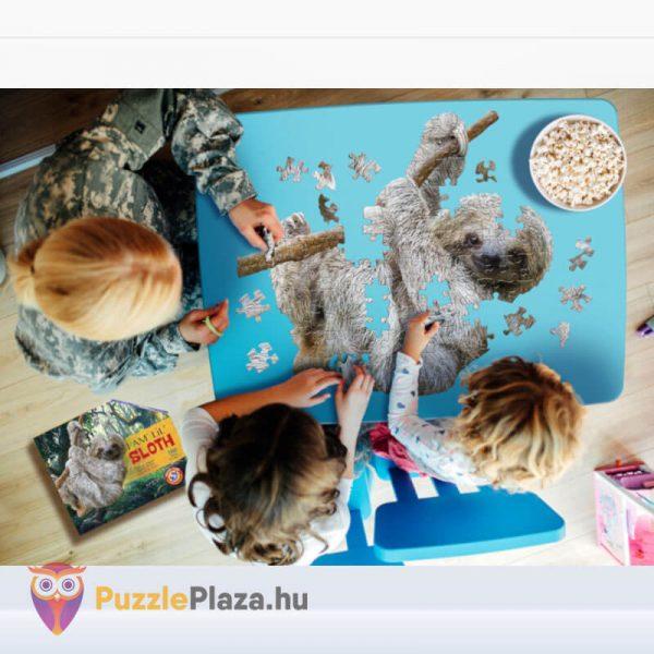 100 darabos lajhár formájú puzzle, wow toys gyerekek kirakózás közben