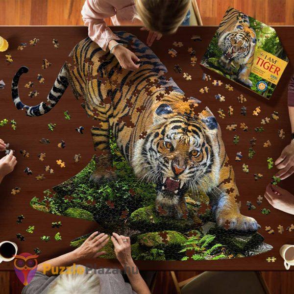 1000 darabos poszter méretű tigris forma puzzle kirakózás közben - Wow Toys