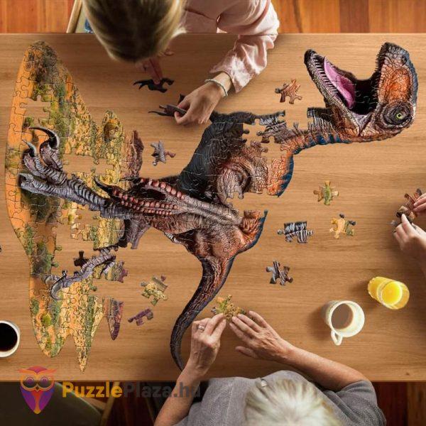 100 darabos raptor forma puzzle kirakózás közben - Wow Toys